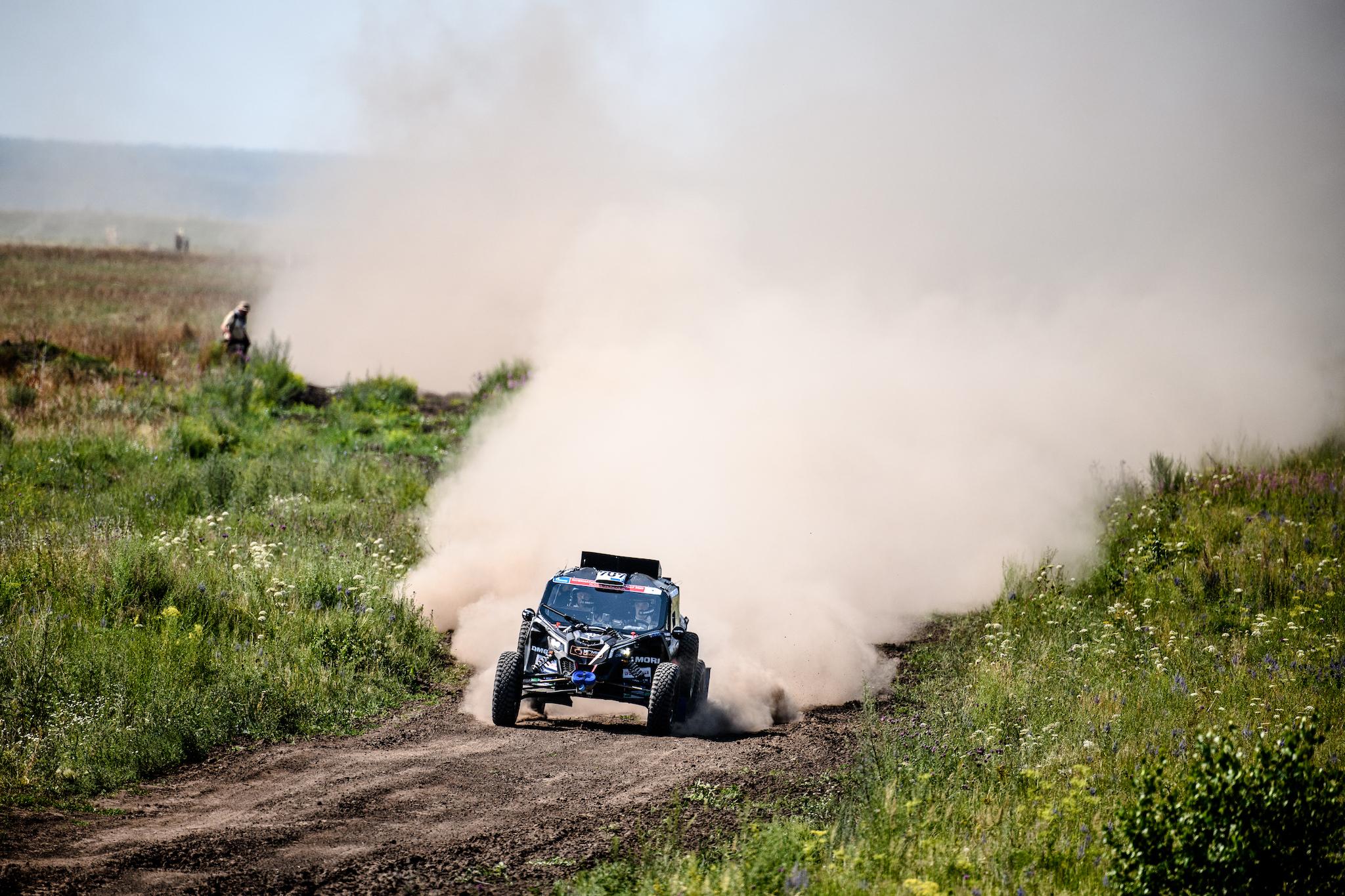 Сергей Карякин и Антон Власюк выиграли первый этап ралли