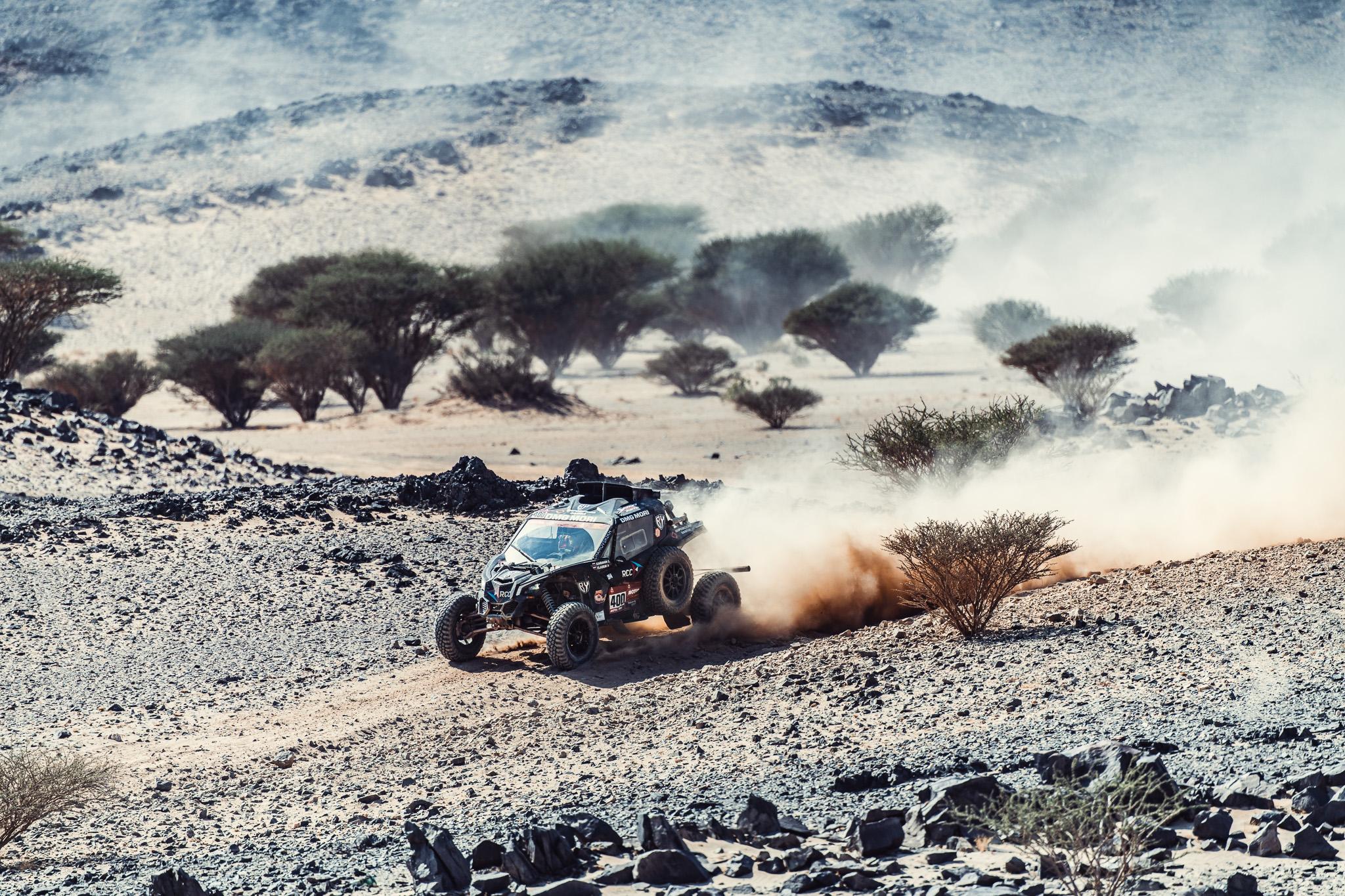 Четвертый этап ралли-марафона Dakar 2021: убежать от пыли