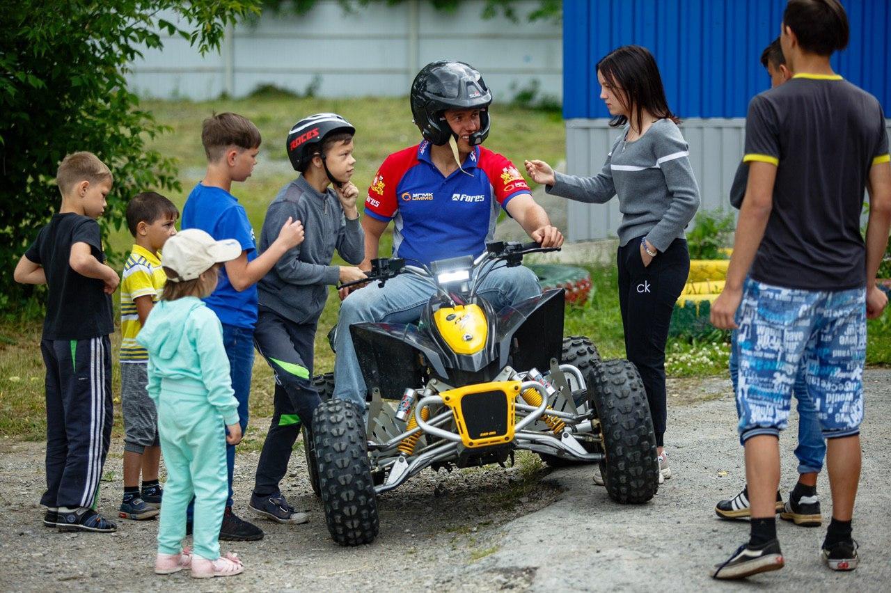 Сергей Карякин ищет будущих звёзд автоспорта и мотоспорта в Свердловской области.