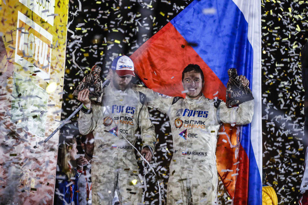Евгений Куйвашев поздравил Сергея Карякина и его гоночную команду с «серебром» на международном ралли-марафоне Dakar