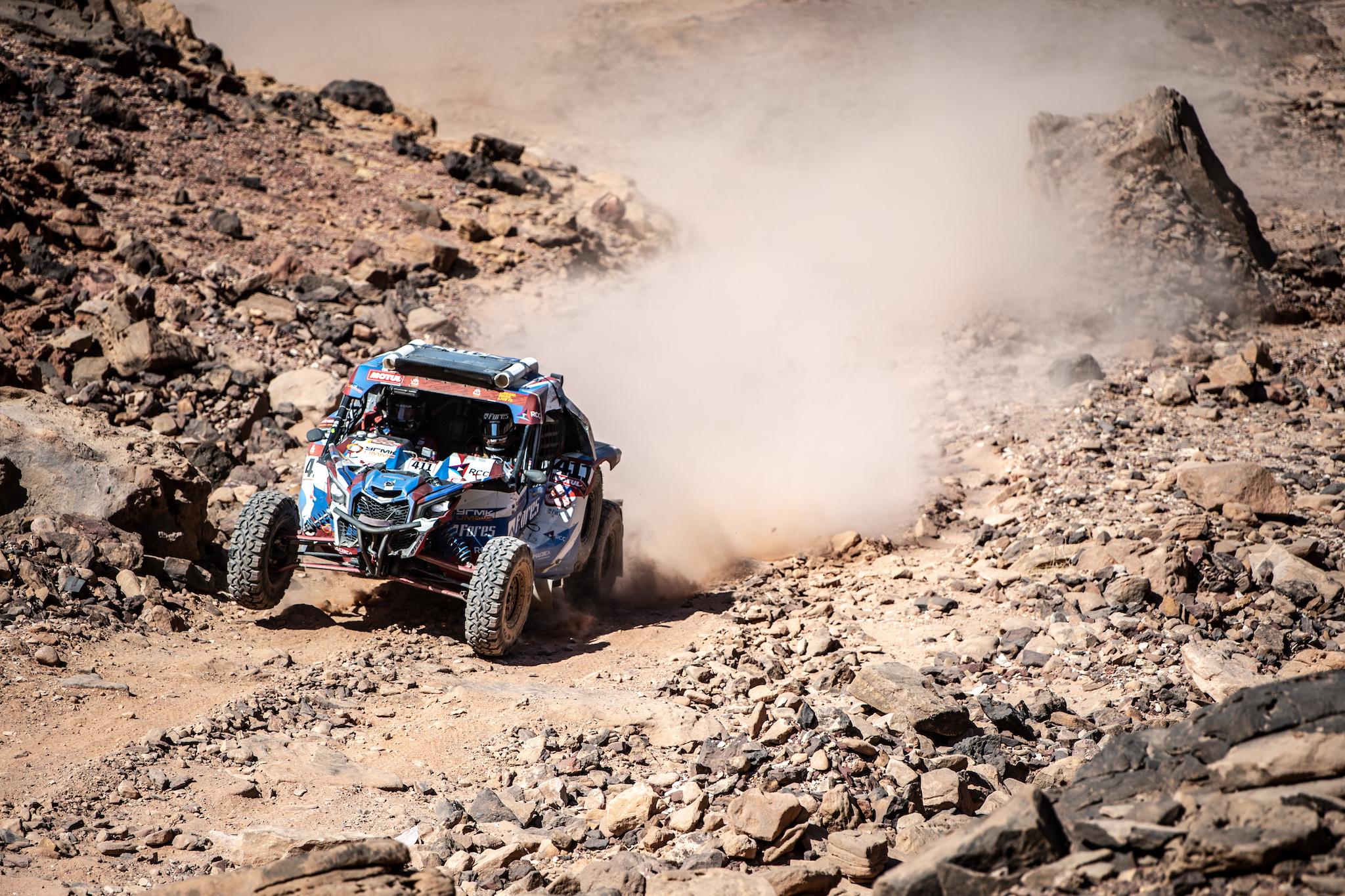 Сергей Карякин сократил отставание от лидера, Алексей Шмотьев застрял в песках –итоги 8 этапа Dakar 2020.