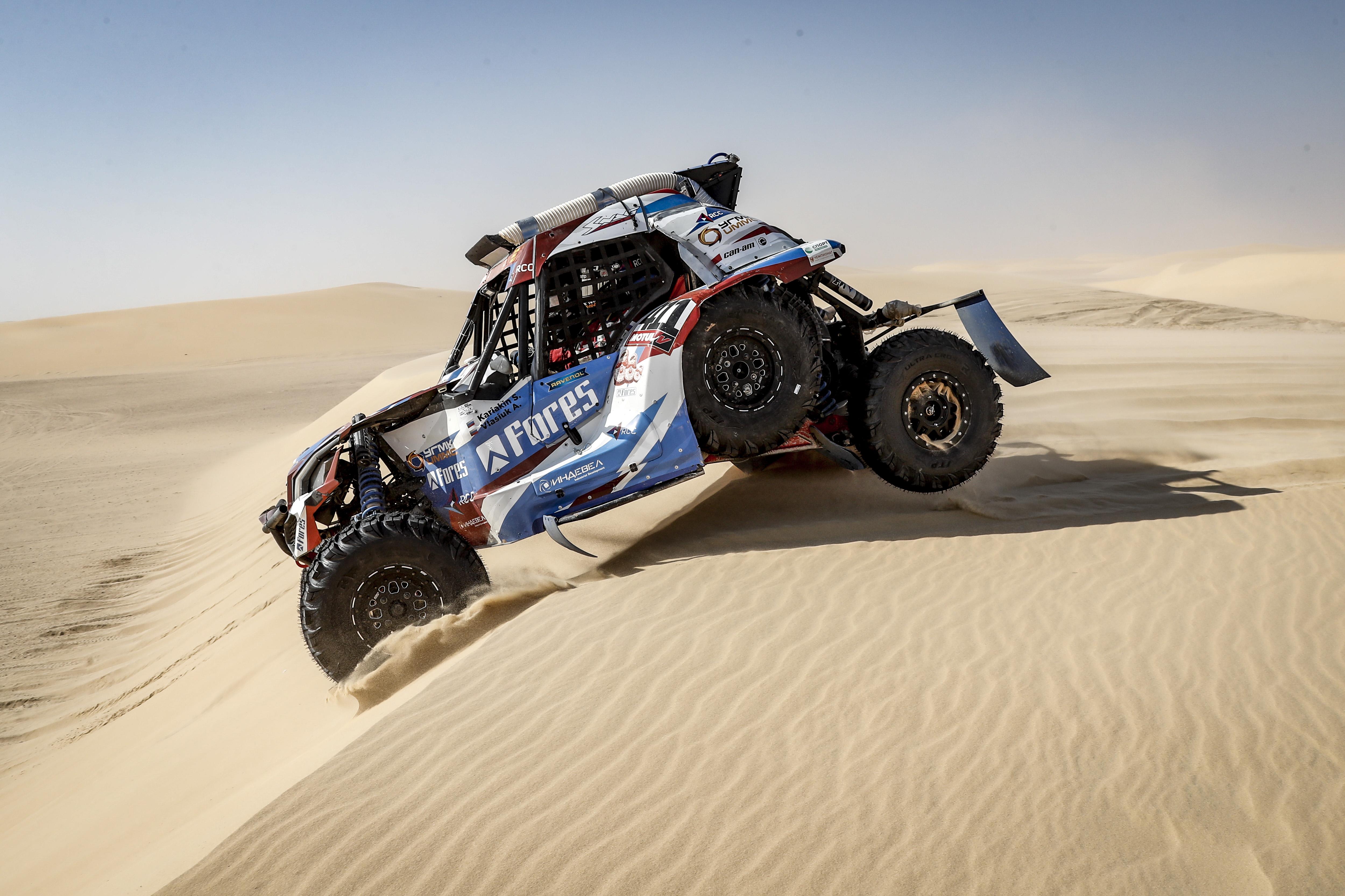 Дюны пустыни Руб-эль-Хали покорились экипажам Snag Racing Team